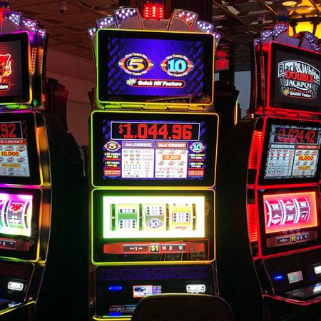Try to win a jackpot at online slots